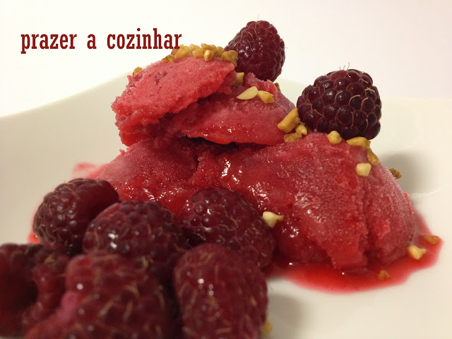 prazer a cozinhar - sorvete de framboesas