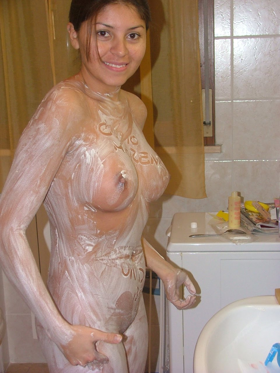 naked latina wife pics