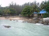 7 tempat wisata pantai yang terkenal di bangka belitung,Pantai Tanjung Pesona