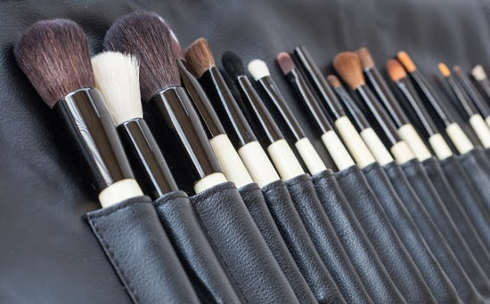 Types of Makeup Brushes