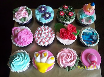 assorted cup cake