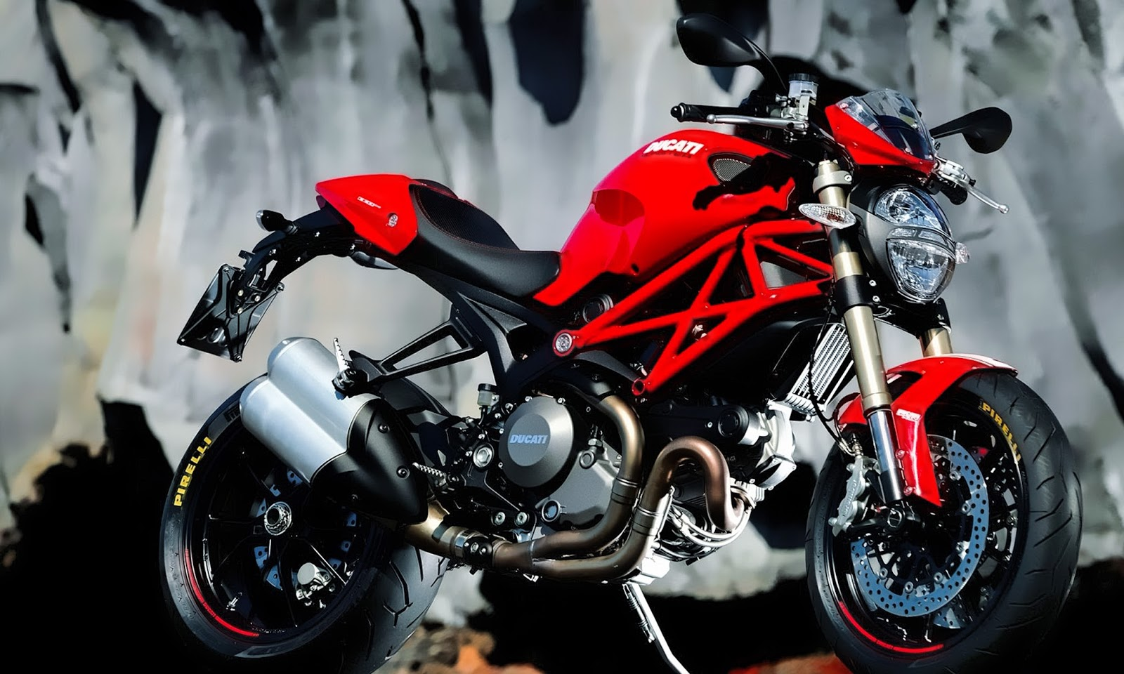 Monsters Eventually Accounted For Two Thirds Or More Of Ducatis Output Below Some The Wallpapers Are There You Can Download It Free
