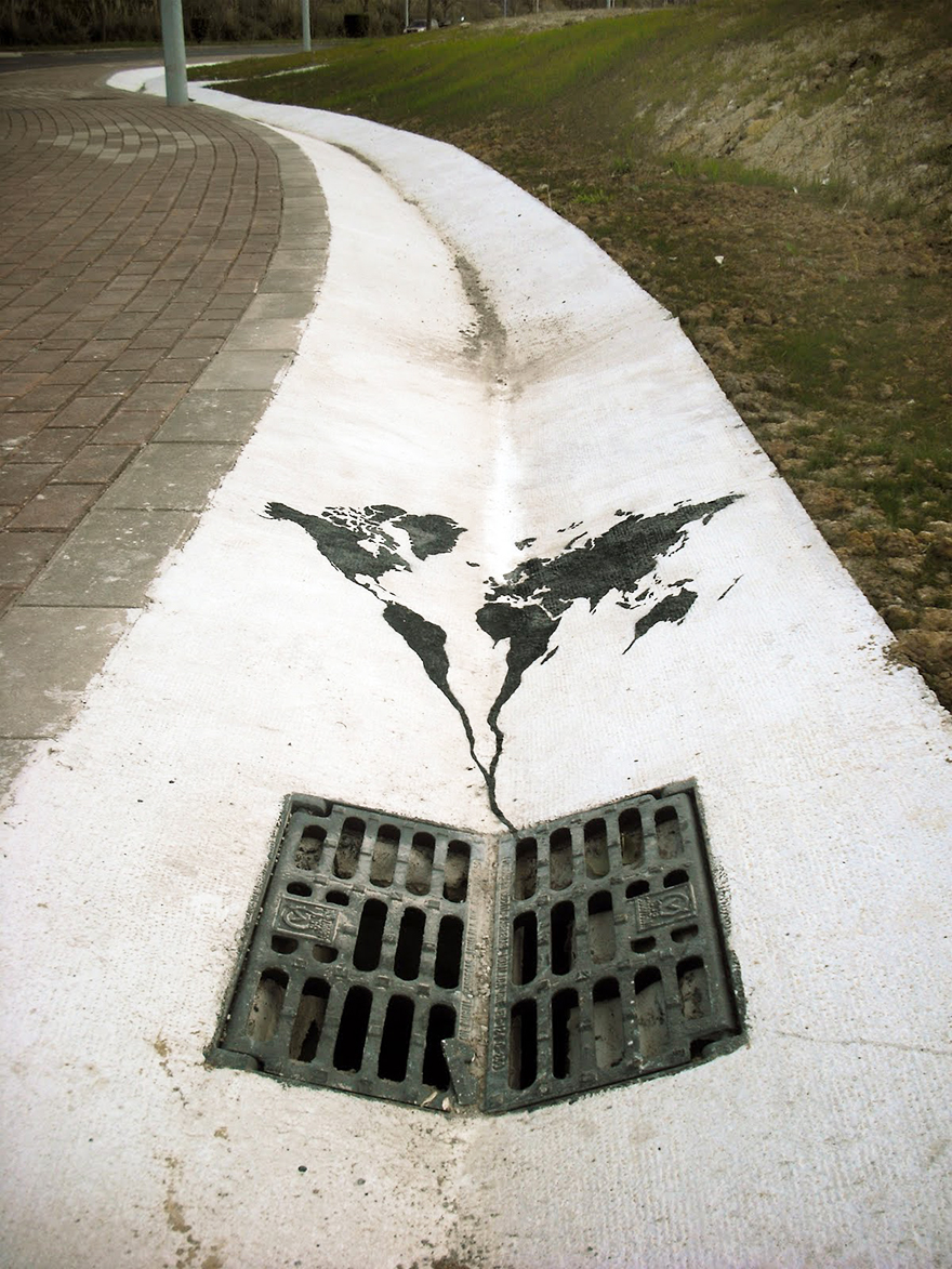 These 30+ Street Art Images Testify Uncomfortable Truths - The World Is Going Down The Drain