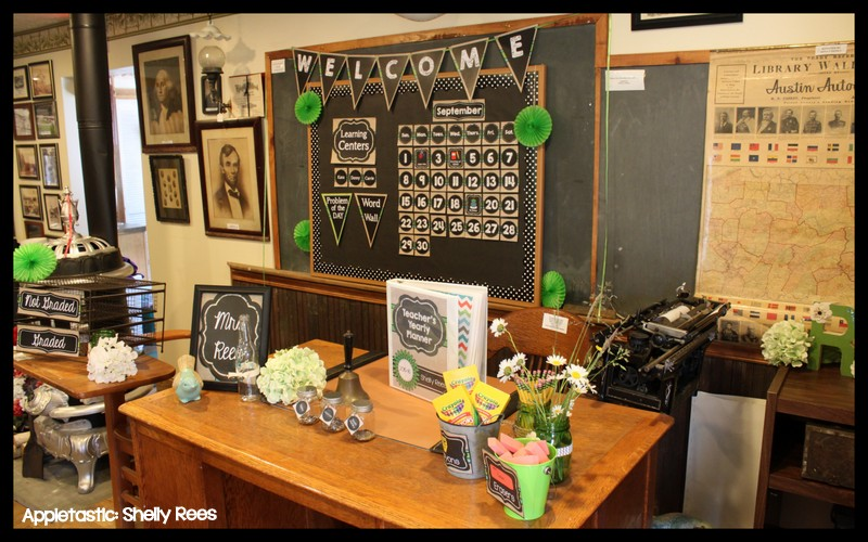 Classroom Chalk Decor ~ Classroom decor reveal chalkboard and burlap