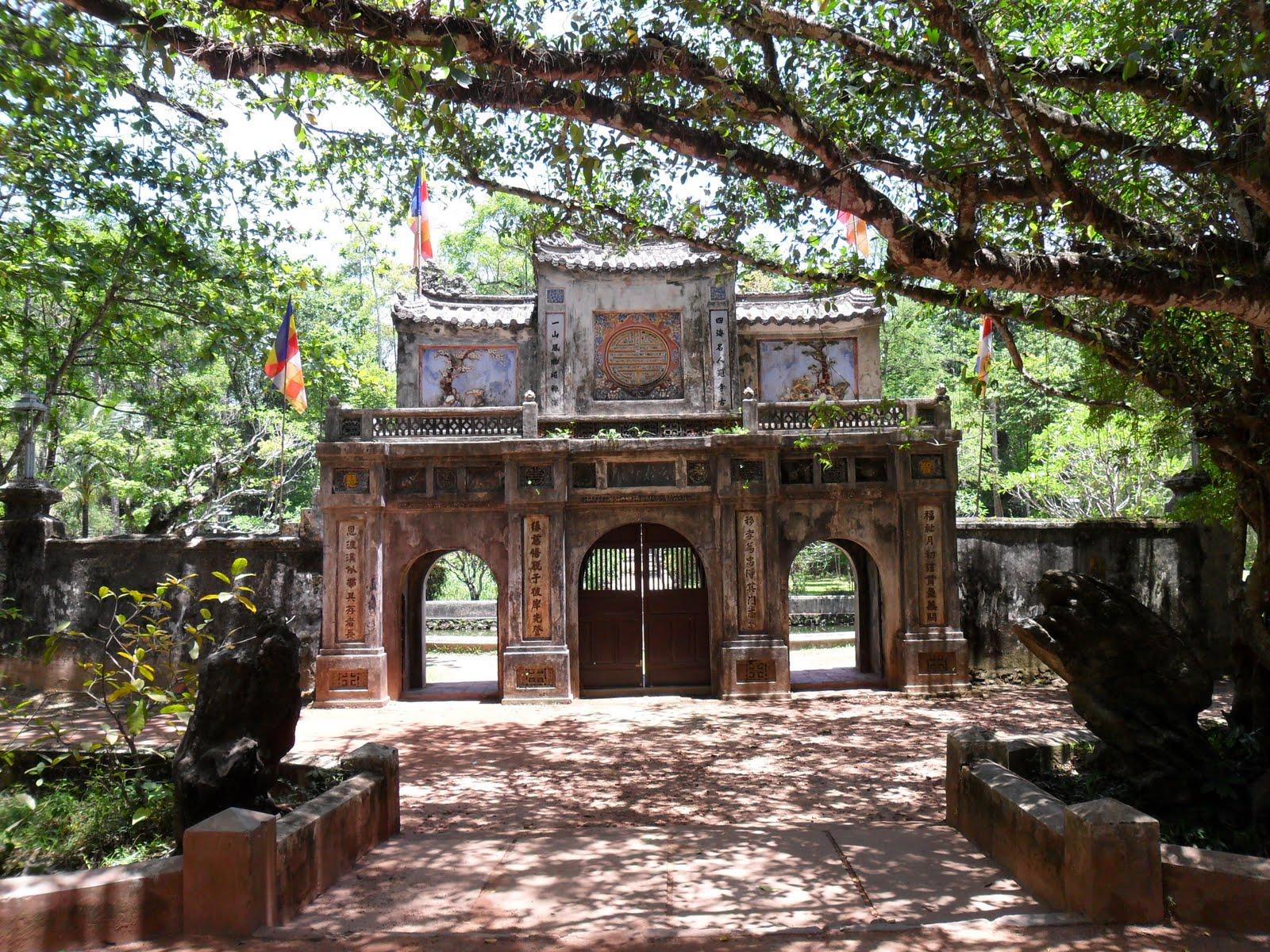 Tu Hieu Pagoda in Hue