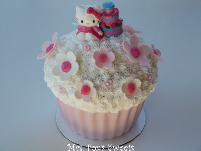 Ms Foxs Sweets Hello Kitty Giant Cupcake Cake