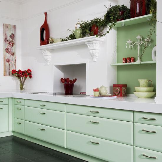 Дизайн кухни в мятном цвете
