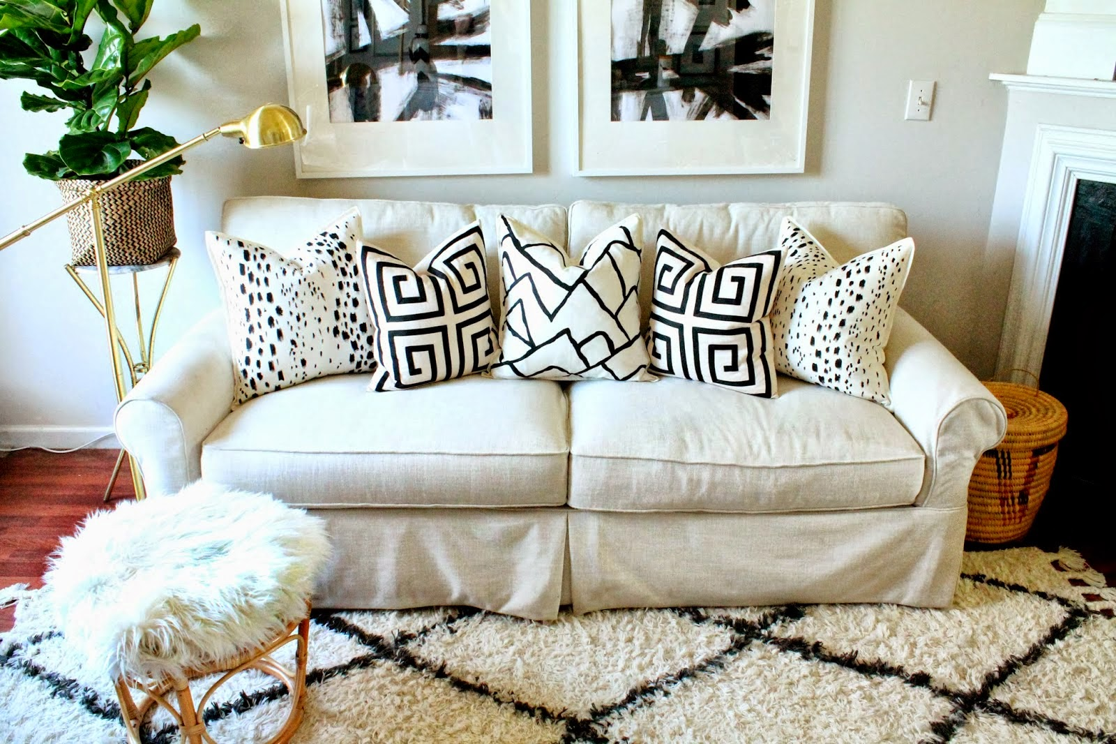 Furniture Steals: friday diy: painted designer pillows