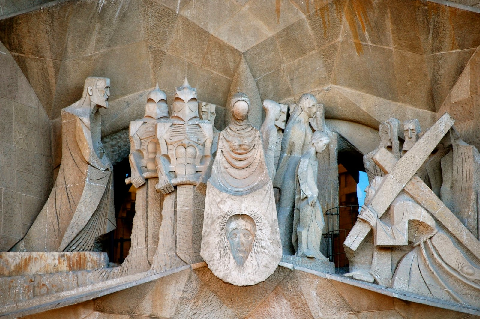 Veronica and the hollow-face image of Jesus, Passion Facade, Sagrada Familia