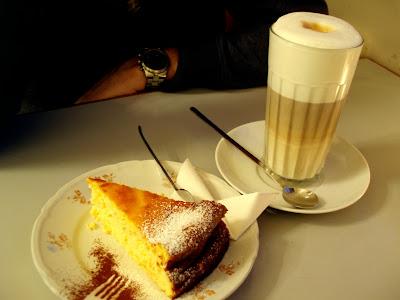 Frauelein Dickes baked cheesecake latte