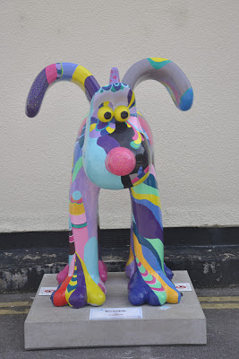Poochadelic Gromit (front view)