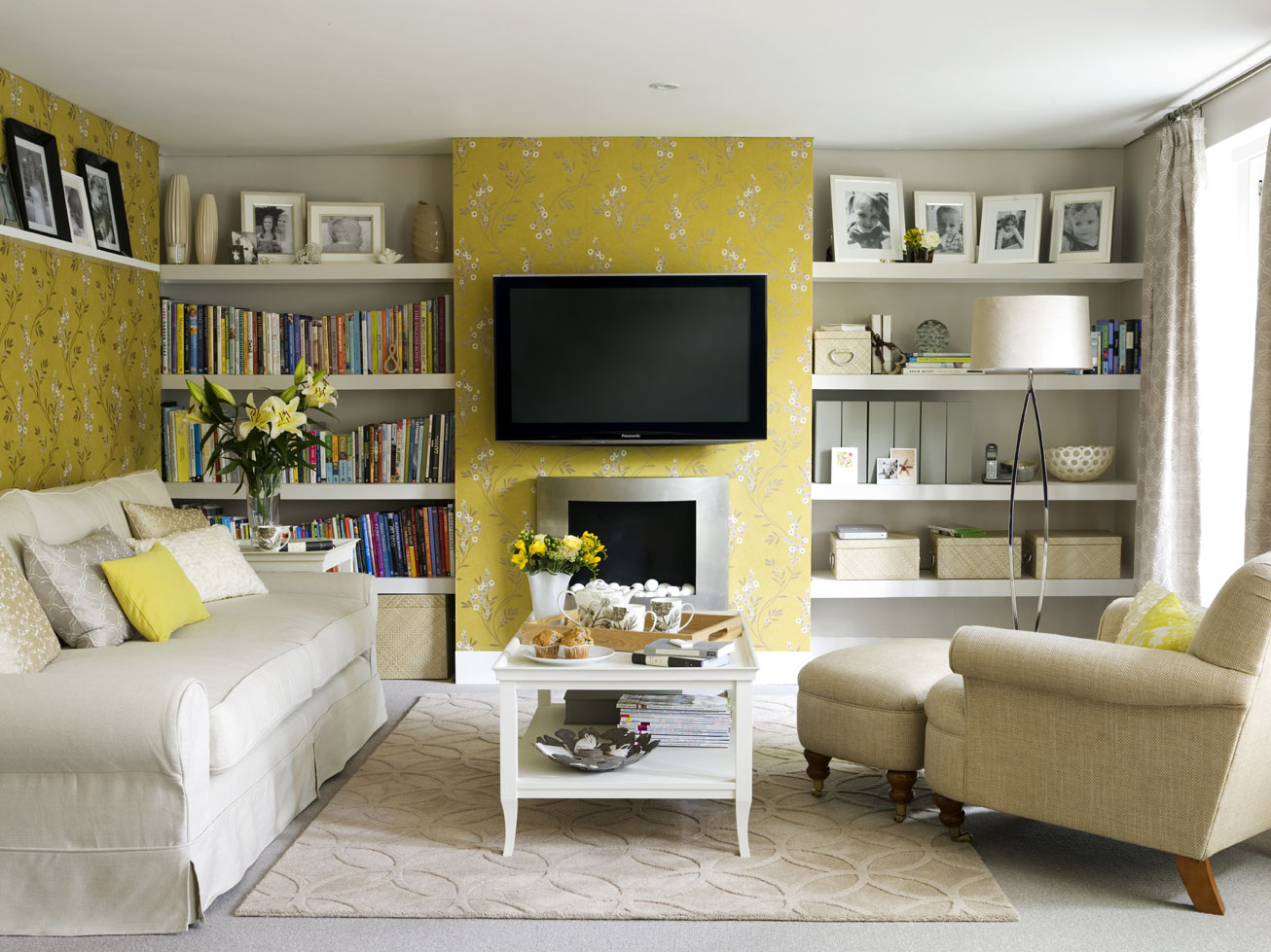 oh my daze gorgeous living room inspiration yellow grey navy. Black Bedroom Furniture Sets. Home Design Ideas