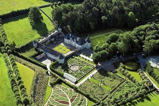 Gardens jardins et plus la vall e des rois de france - Les jardins de la renaissance azay le rideau ...