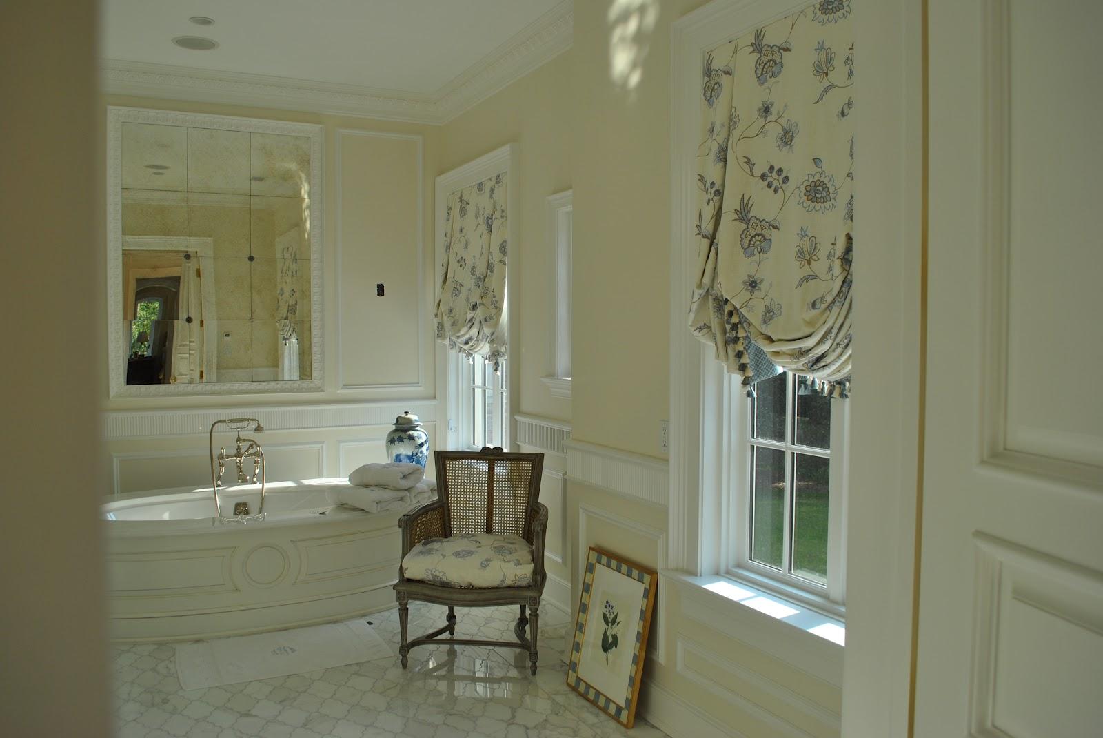 IN com seus tons de cinza bege estão sendo usados em banheiros #5C5130 1600x1071 Banheiro Cinza Com Bege