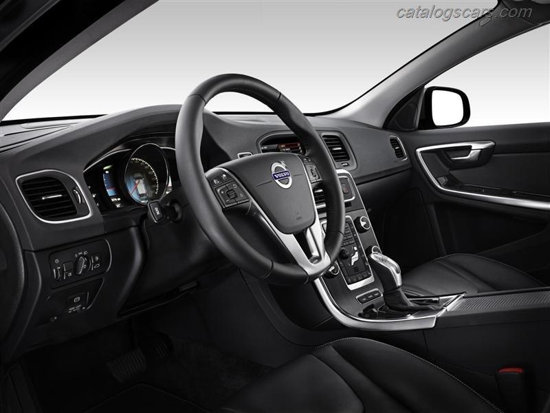 صور سيارة فولفو V60 بلج in هايبرد 2012 - اجمل خلفيات صور عربية فولفو V60 بلج in هايبرد 2012 - Volvo V60 Plug in Hybrid Photos Volvo-V60_Plug_in_Hybrid_2012_800x600_wallpaper_23.jpg