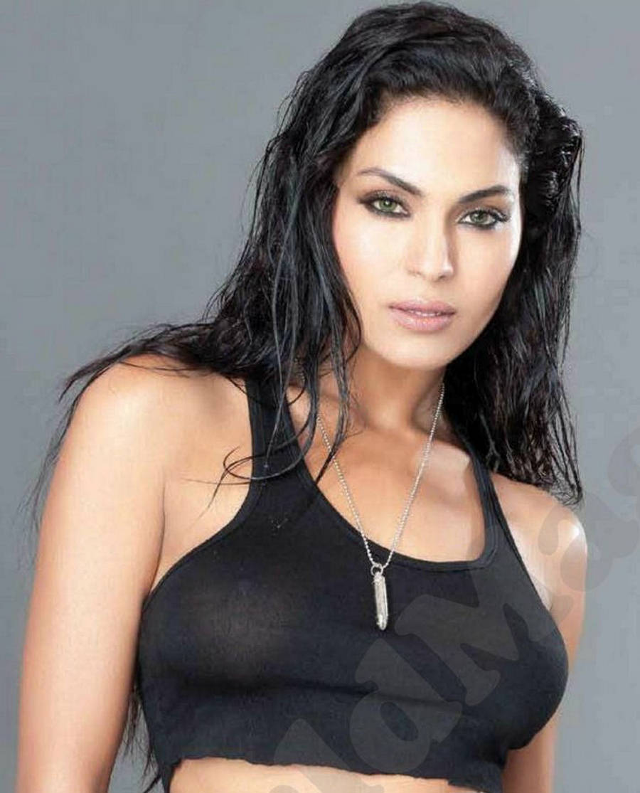 Veena Malik Net Worth
