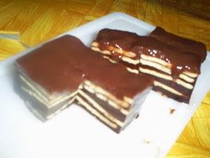 Puding Coklat Laapis Biskuit