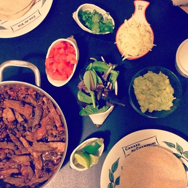Beef and Bean Soft Tacos | hardparade.blogspot.com
