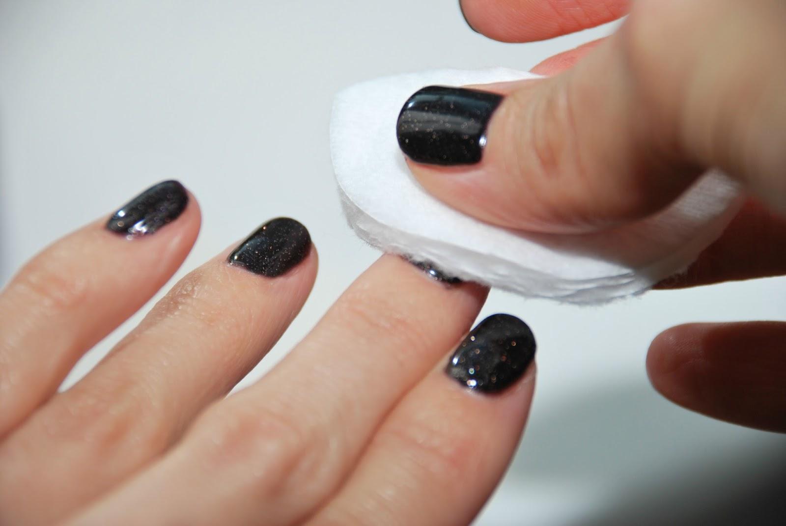 Снять шеллак с ногтей в домашних условиях