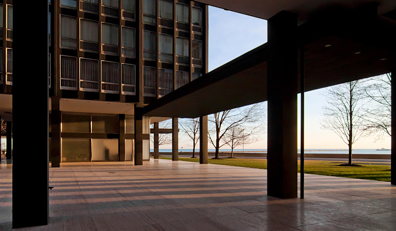 mies van der rohe and the sense of space The restoration of ludwig mies van der rohe's 1930 villa tugendhat in the czech republic brings the house back to its former glory, but the price is hollow authenticity.