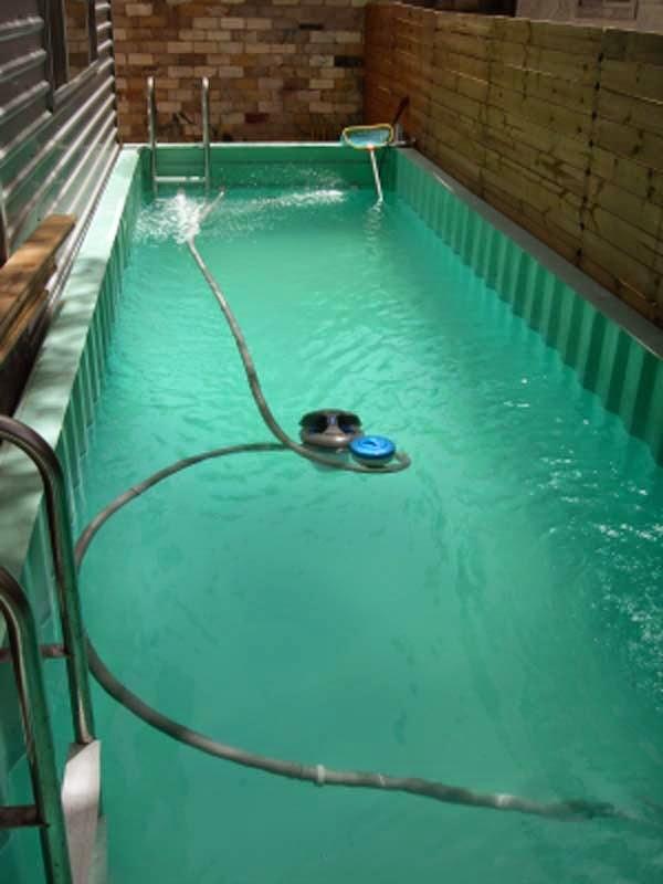 Casas contenedores piscina hecha con un contenedor marino - Piscina container ...