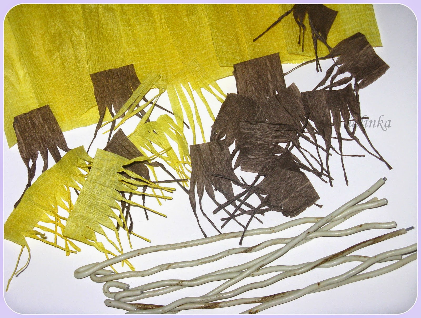 крокусы  из  гофрированной  бумаги  как  сделать  крокусы