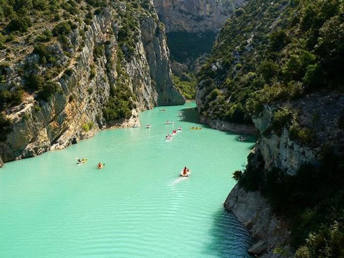 http://4.bp.blogspot.com/-IJGABwDlxZM/ULu8Sk5Y_BI/AAAAAAAAMTI/vbwBlHwtNHA/s1600/Verdon-Provence-Frankrijk.jpg
