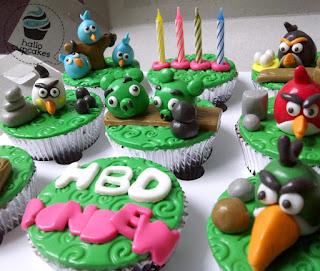 angry bird cupcake