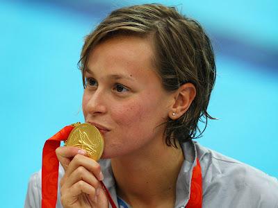1 義 泳壇正妹 奧運旗手