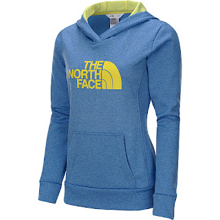 Sports authority coupon 25%: The North Face Women's Fave Pullover Hoodie