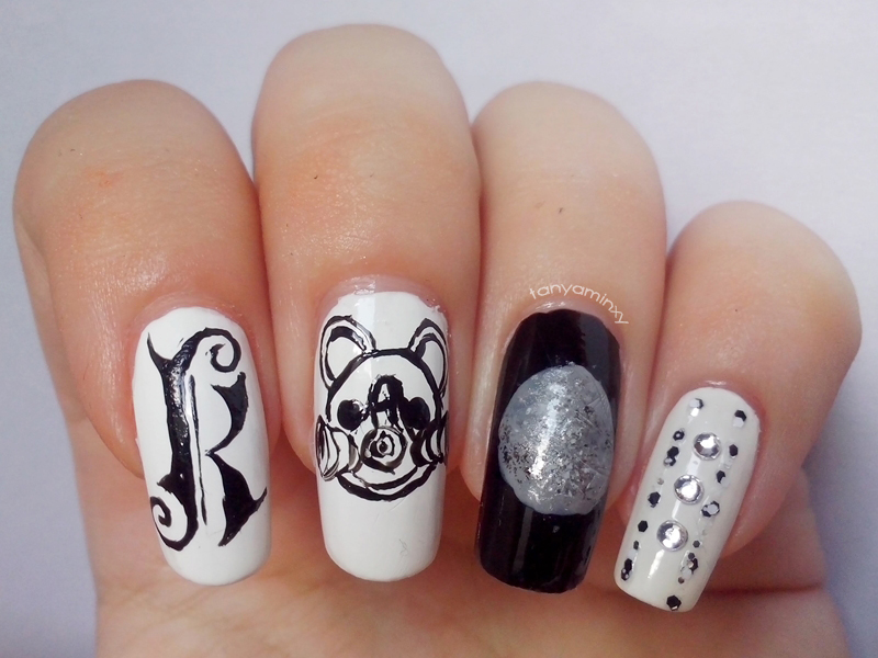 Matching Manicures: Black & White Nails - Kerli Moonchild Moonchildren I-Loo Moon Nails