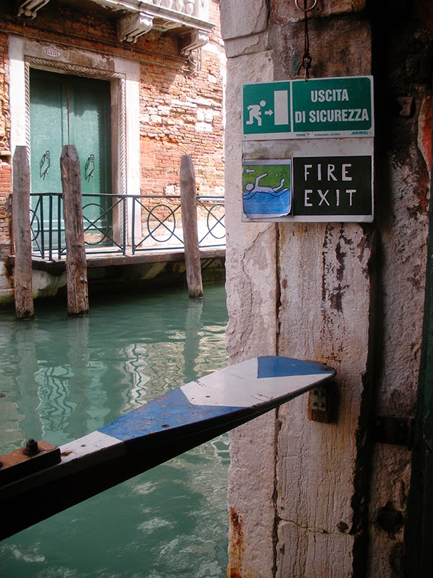 Venetian bookstore fire exit