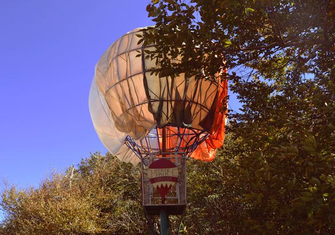 Oz balloon