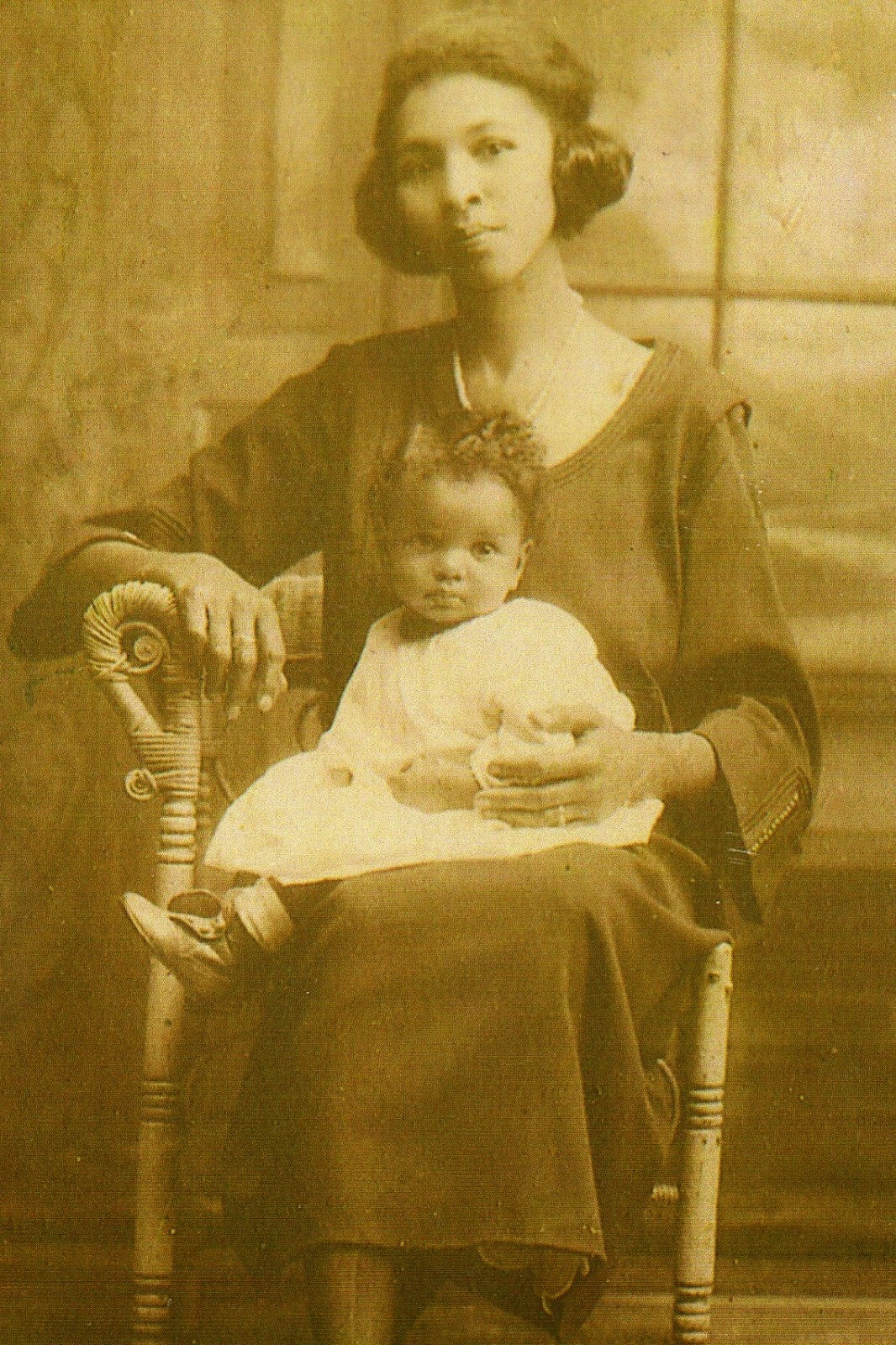 52 Ancestors --2015 Edition:  #7 My Inspiration --Ophelia Jones Bryant