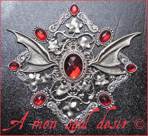 coffret boite à bijoux médiéval fantaisy dragon le trône de fer games of throne daenerys targaryen medieval renaissance jewelry box