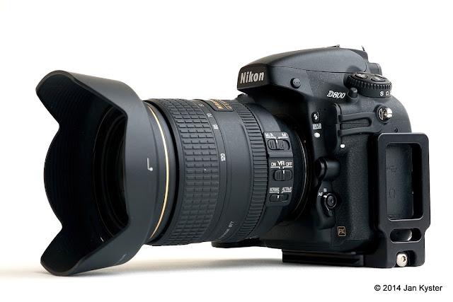 Nikon D800 w/ Hejnar ND800 Modular L Bracket