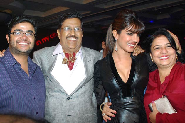 Priyanka Chopra Wiki, biodata, affairs, Boyfriends ...