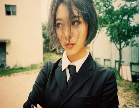 7 Artis Wanita Korea yang Punya Tato Seksi Di Tubunya