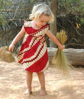 Model Baju Batik Anak Perempuan 13