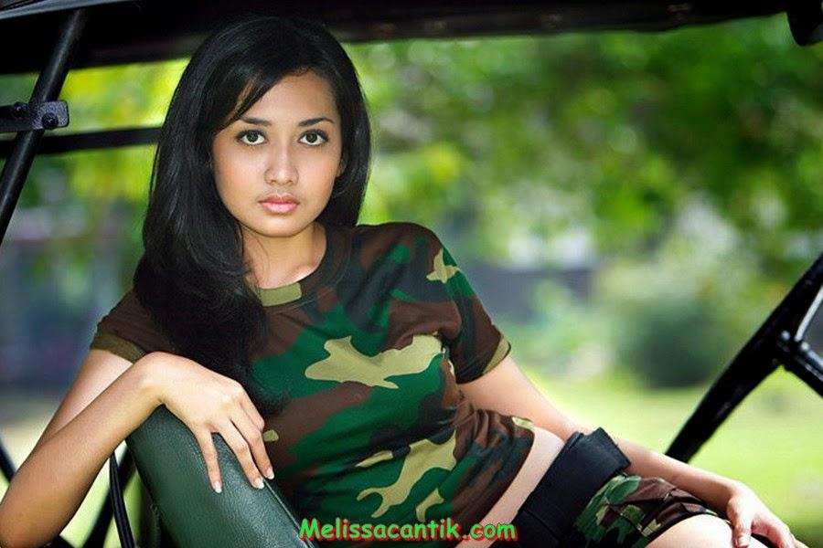 Foto Tentara Wanita Indonesia Paling Cantik dan Seksi