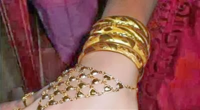 Nikah, Perempuan Cina Memakai Emas Seberat 5 Kg