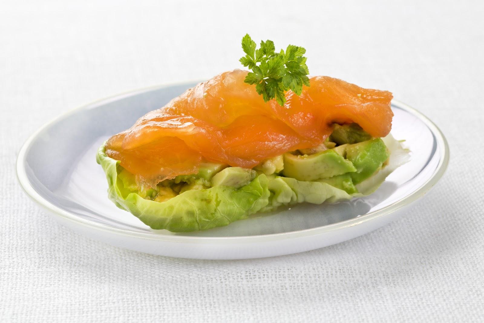 Mdcocinaymas tapas con salm n noruego ahumado - Tapas con salmon ahumado ...