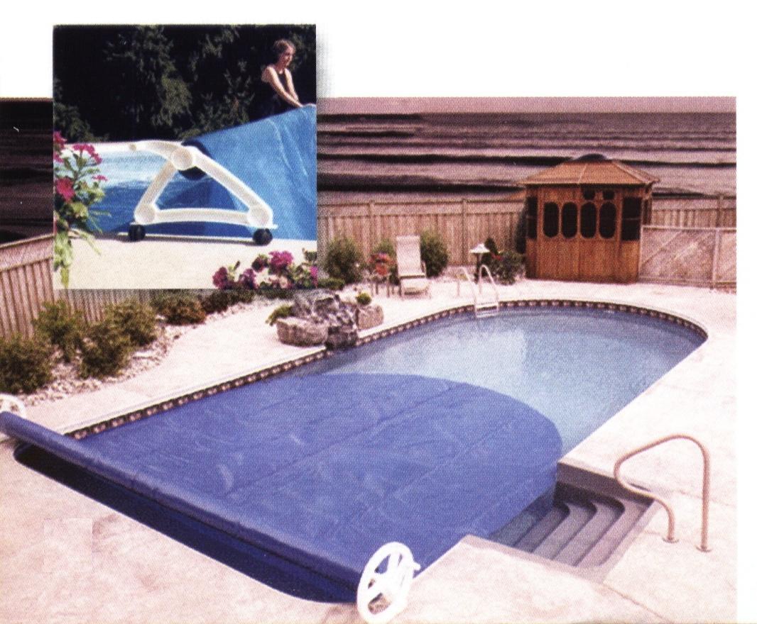 Decoraciones y afinidades modelos de piscinas modernas 2012 for Modelos de liner para piscinas