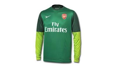 Arsenal iç saha forması 2012 2013