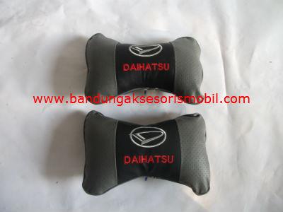 Bantal Kulit Daihatsu Abu (Per 2 Pcs)