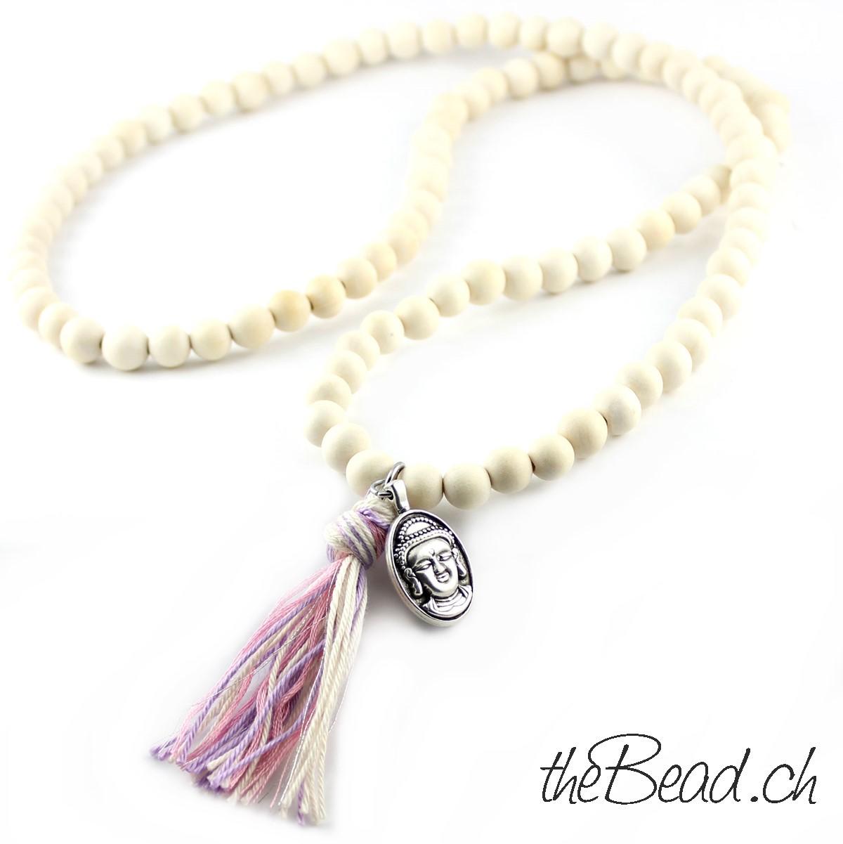 lange Holzperlen Halskette in weiss von theBead Gmbh