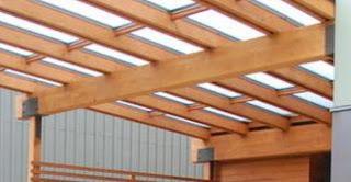 Fotos de techos techos transparentes de policarbonato for Modelos de techos de madera y chapa