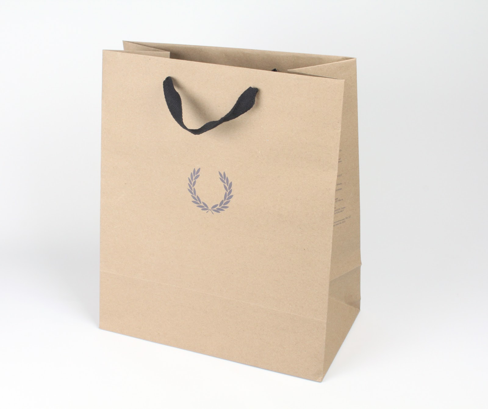 paper bags Comply with aami guidelines by using these 100% medical grade paper bags to separate and protect small items more info | product brochure | price list aami standard st79 makes clear, utilizing paper/poly pouches to separate small items in a wrapped or filtered instrument tray is forbidden.