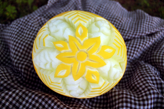 melon carving flower
