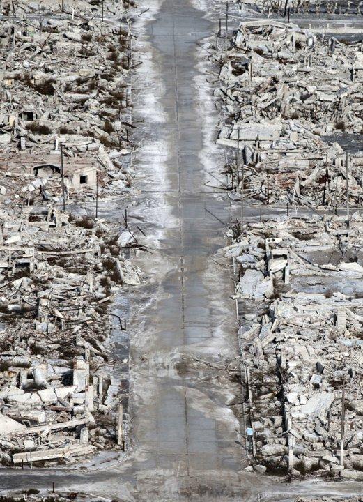 DERETAN runtuhan bangunan yang terdapat di Epecuen yang dirakamkan pada 7 Mei lalu.